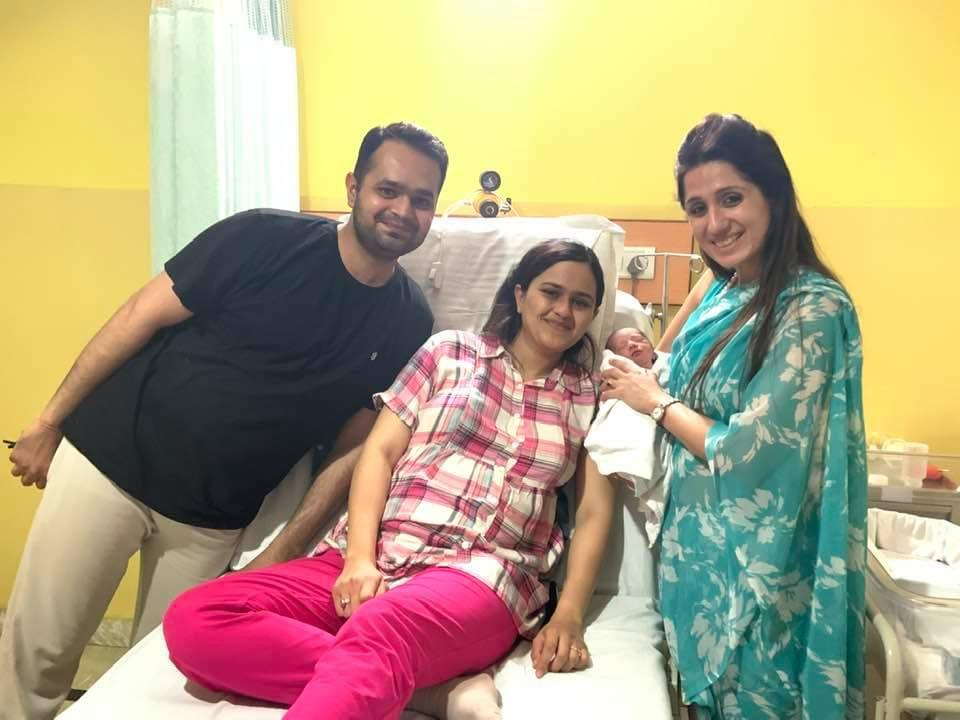 Dr Prachi with patients
